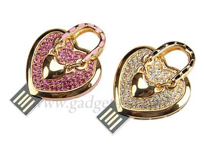 Флешка-подвеска Heart Handbag Necklace