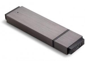 Что подарить мужчине на Новый год - скоростной USB-накопитель LaCie FastKey