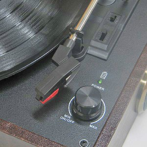 Evergreen DN-ECS01 USB Turntable - USB-патефон