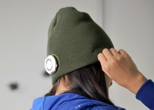 Beanie Hat with Built-in MP3 Player - Шапка со встроенным плеером