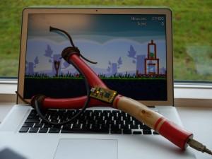 USB Slingshot - USB-рогатка для игры в Angry Birds