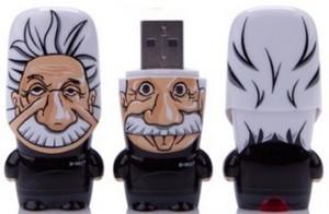 Einstein USB flash drive – флешка в виде Эйнштейна