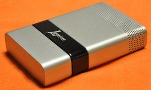 Palm-sized USB fuel cell – зарядка для устройств с USB