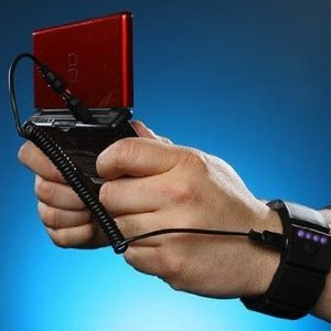 Universal Wrist Band Gadget Charger with Built-in Battery – зарядка на запястье