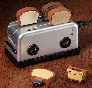 USB Toaster Hub with Toast Flash Drives – хаб в виде тостера